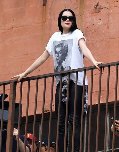 Jessie+J+Films+New+Music+Video+Los+Angeles+20141117_04.jpg