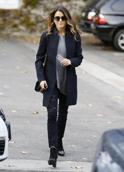 Nikki+Reed+Visits+A+Style+Firm+20141117_03.jpg