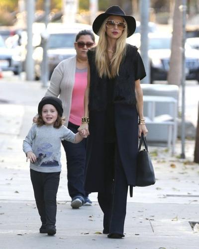 Rachel+Zoe+Son+Shopping+West+Hollywood+20141117_01.jpg