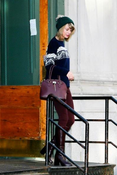 Taylor+Swift+Ready+Sweater+Weather+20141117_01.jpg