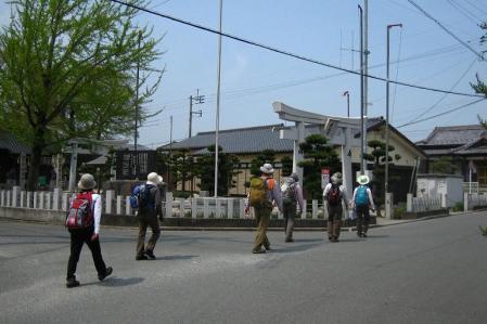 内野駅から小竹駅まで 196