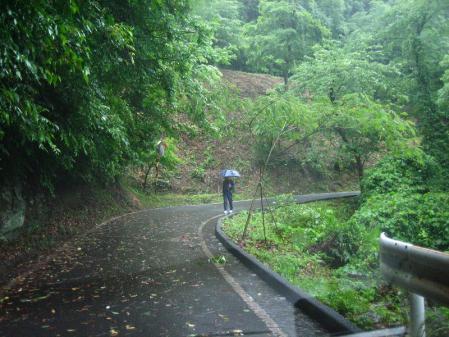 雨の清水と川下り 022