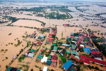 20120808_floods_aerial-rtr.jpg