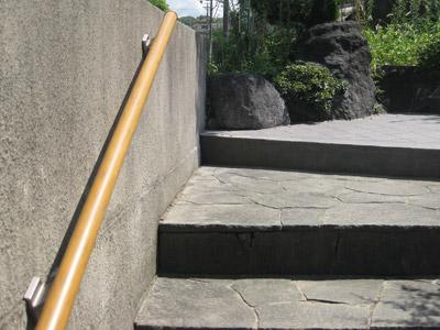 外構工事と鴨の親子 |京都・滋賀リフォームするならフジ・ホーム