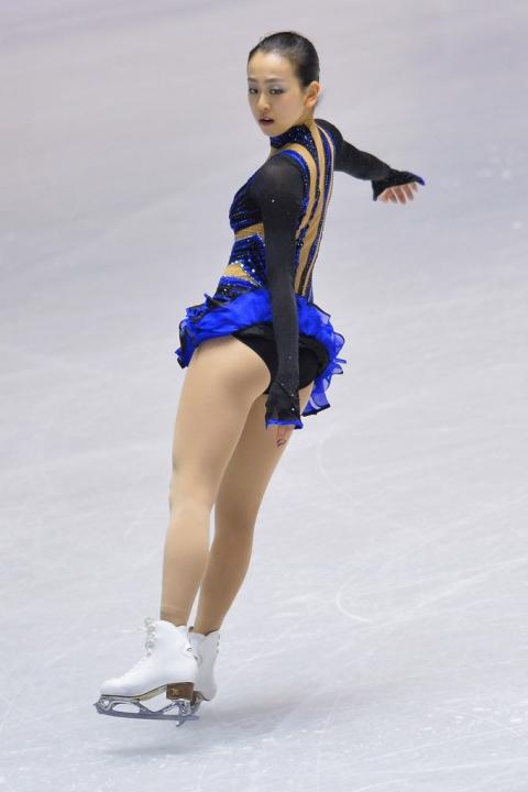 Mao+Asada+ISU+Grand+Prix+Figure+Skating+2013+mmYCAKqxhq6x_20140120212337b80s.jpg