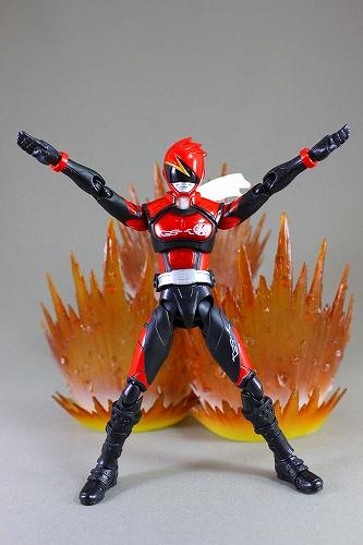 akiba-red 017