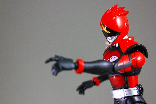 akiba-red 023