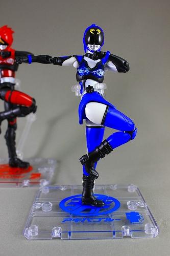 akiba-blue 013