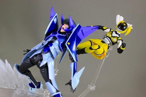 akiba_yellow 016
