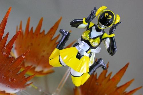 akiba_yellow 022