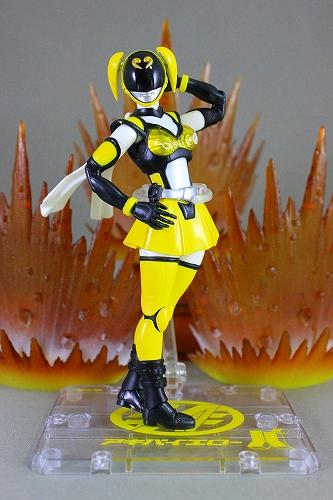 akiba_yellow 018
