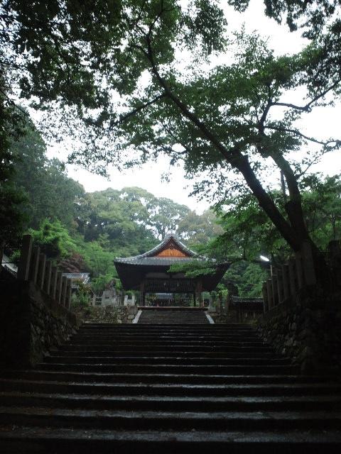 石座神社 境内