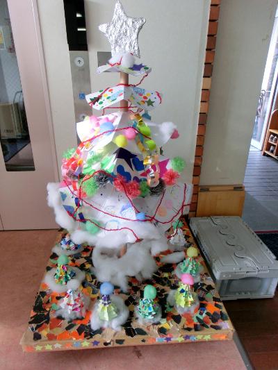 141122-作業所のクリスマスツリー-1