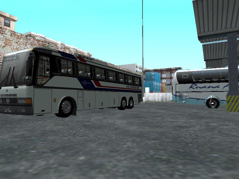 バスターミナル 40
