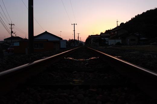 栄光に向かって走る、あの列車に~♪