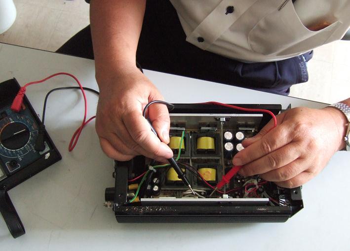 インバーター修理1