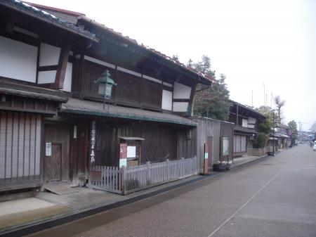 富山 岩瀬