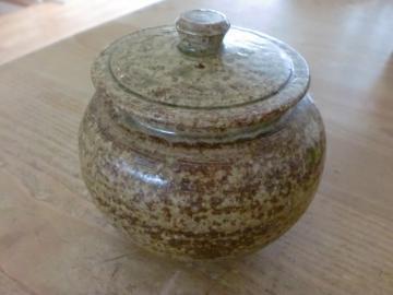 梅干しの壺
