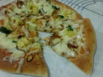 干しキノコの和風ピザ