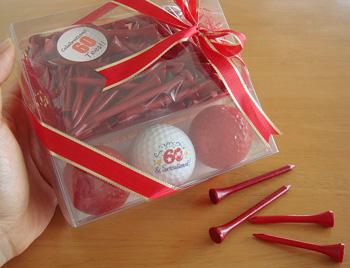 還暦お祝い!真っ赤なゴルフボール&ティセット
