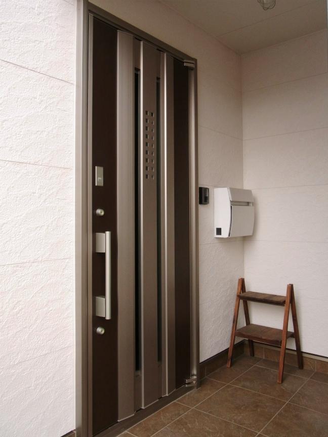 玄関ドア 全景2