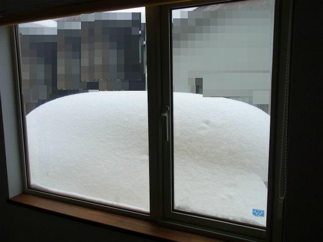 除雪前 窓前