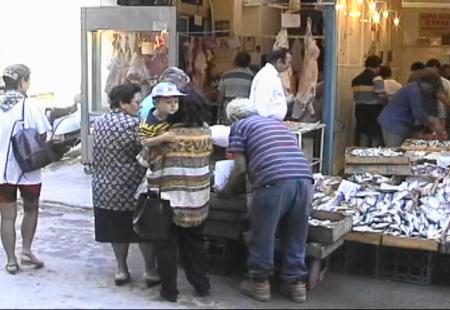 ミティリニ 朝の魚屋