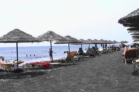 サントリーニ ペリッサビーチ