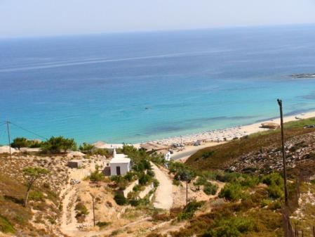 イカリア ホテル近くのビーチ