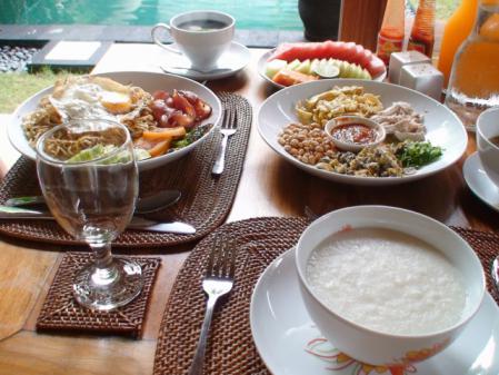 2009エローラ朝食