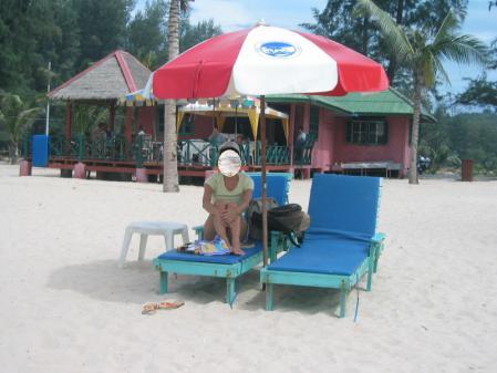 ラヤンビーチのパラソル