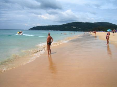 カロンビーチ 2