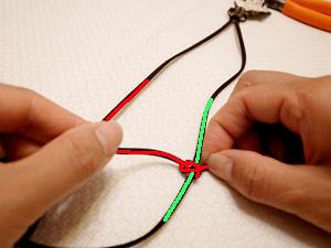 アクセサリー紐の結び方02