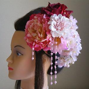 ボタンと桜とダリアの和装髪飾り