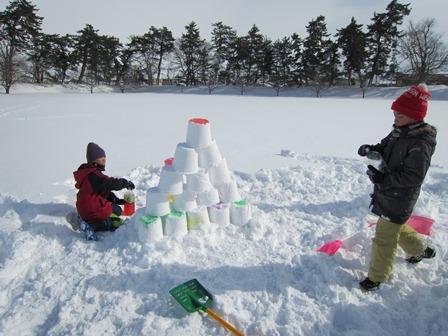 雪燈籠まつり遊び場作品1
