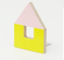 a_04_bookstand.jpg