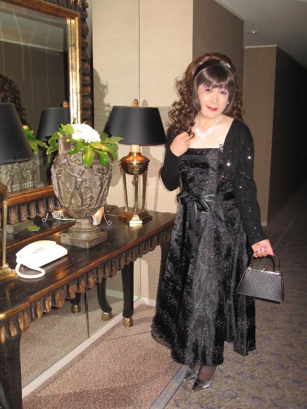 091218黒ドレス(2)