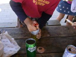 空き缶のフタ