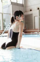 鈴木愛理の濡れ濡れスク水プリケツ画像