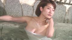 古瀬絵理のスイカップの温泉入浴画像
