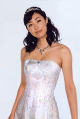 吹石一恵のイブニングドレス画像