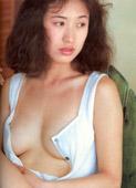 巨乳アイドルと巨乳AV女優専門の無料動画配信サイトで18禁です