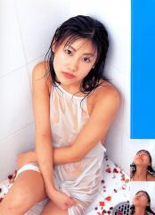 安めぐみの全裸でシャワー透け透け画像