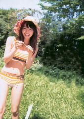 岡本玲がピタパン水着でマンスジ画像