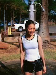 相武紗季がTシャツでシャワーおっぱいクッキリ画像