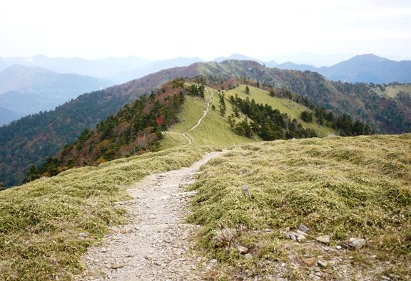 剣山頂上をゴールとする人が多く、一の森へ行く人はあまりいませんでした