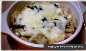 どんきちの好きなグラタンランチ。おから五目煮に玉ねぎとアボカドと味のりを混ぜて豆腐ソースで和風に