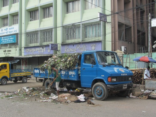 dhaka waste management workers