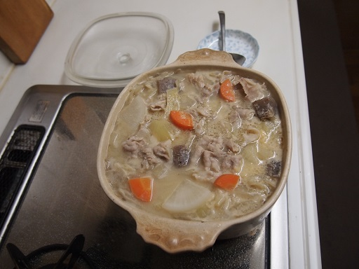 重ね煮豚汁