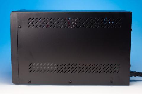 サウンドハウス UPS 1500PS 横